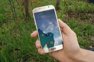Экран Samsung Galaxy S6 Duos на солнце