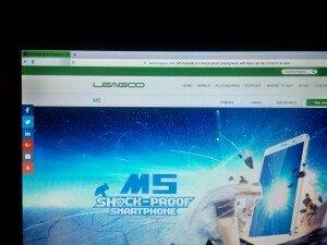 Снимок экрана ноутбука в темноте